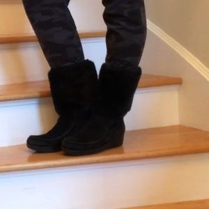 Fur trimmed black suede winter boots